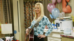 Lisa Kudrow reveals body image struggles during time on 'Friends'