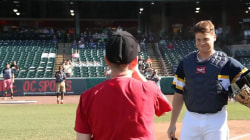 Military mom reunites with son in touching moment at baseball game