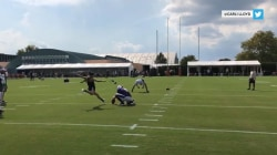 Soccer star Carli Lloyd drills 55-yard field goal at Eagles practice