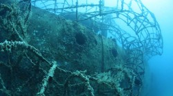Fuel tanker that survived Pearl Harbor becomes incredible dive site