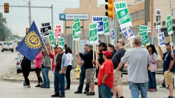 General Motors, auto workers continue talks as strike presses on