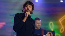 Chris Janson performs 'Done' live on TODAY
