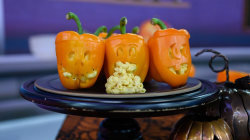 Mac-o-lanterns, vampire garlic fries: 'Drunk Kitchen' star's Halloween treats