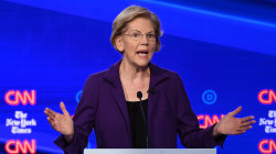 Democrats pounce on Warren in 4th primary debate