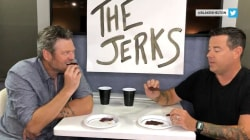 Watch Blake Shelton and Carson Daly rate beef jerky