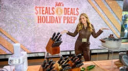Steals and Deals for holiday prep: Luggage, spice sets, more