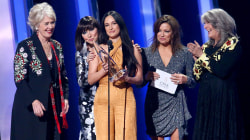 Wins for Kacey Musgraves, Garth Brooks and Maren Morris at CMA Awards