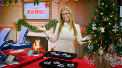 Steals and Deals on holiday hostess gifts: Candles, trays, ornaments