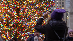 Rockefeller Center Christmas tree kicks off busy holiday season