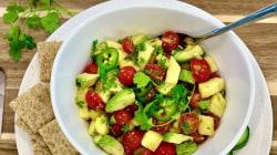 Joy Bauer makes Southwestern corn salad and pineapple-avocado salsa