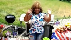 Chef Sunny Anderson make BLT hotdogs