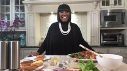 Patti LaBelle makes roast chicken with gravy