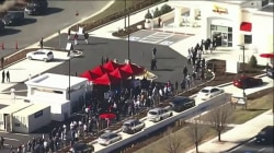 In-N-Out Burger opens to 12-hour wait in Colorado