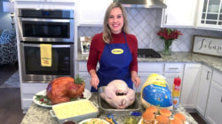 Turkey talk line expert shares tips for cooking the perfect bird