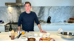 Bobby Flay makes baked ricotta with sun-dried tomato sauce