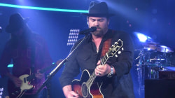 Watch Lee Brice perform 'Memory I Don't Mess With'