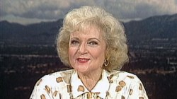 Flashback: Watch Betty White talk 'The Golden Girls' in 1987
