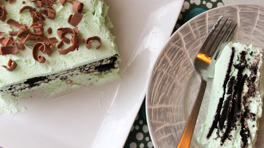... make this delicious chocolate mint icebox cake with just 7 ingredients