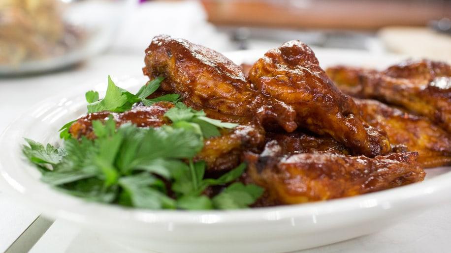 Al Roker's Spicy Chicken Wings Recipe - Details, Calories ...