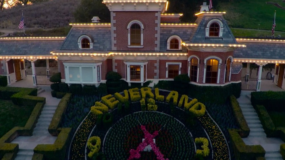 Michael Jackson's Neverland for sale