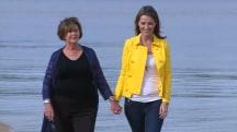 Savannah visits Australia with her mom