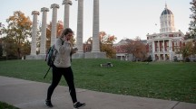 How much spending money does a college student need?