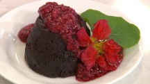 'Saved by the Bell' molten chocolate lava cake: Try Ryan Scott's recipe