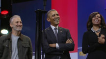 David Letterman, Jon Stewart help Obama celebrate USO's 75th birthday