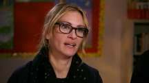 Red Nose Day: Julia Roberts highlights a school nurse's special touch