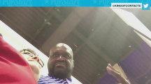 Watch Shaquille O'Neal catch fan secretly recording him