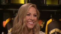 Sheryl Crow adopts classrooms in her hometown