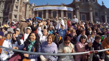 Thousands of Mexicans Gather to See Pope Francis