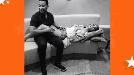 Chrissy Teigen, John Legend expecting first child