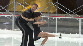 Willie and Meryl Davis take on Tamron and Charlie White on the ice