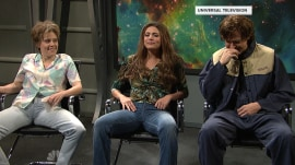 Ryan Gosling and SNL cast get a massive case of the giggles during sketch