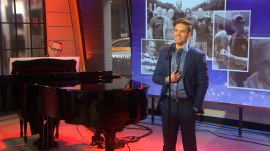 Broadway performer Hunter Ryan Herdlicka performs 'Full Circle'