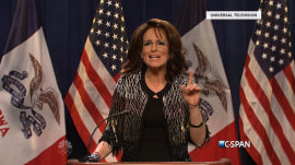 'SNL' skewers Donald Trump and Sarah Palin's campaigning