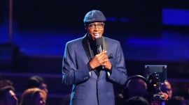 Arsenio Hall suing Sinead O'Connor for claims he supplied Prince with drugs