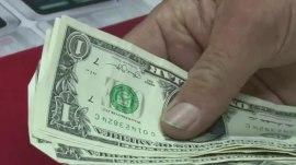 No sweaty money, Kentucky store warns customers