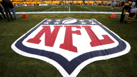 NFL tried to improperly influence concussion research, report claims