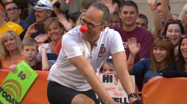 Red Nose Day: Lester Holt joins TODAY to pedal for a good cause