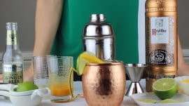 Mango Moscow Mule: Give the cocktail a tropical twist