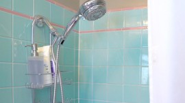 Here's the right way to clean your shower