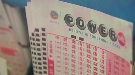 Powerball's 11th-biggest jackpot reaches $422 million