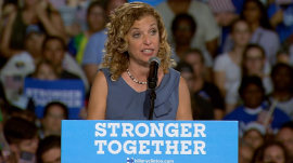 DNC email leak: Party chief Debbie Wasserman Schultz stepping down