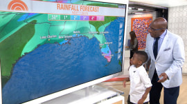 Watch Zion Harvey use his new hands to help Al Roker with his weather forecast!