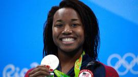 Simone Manuel to Michael Phelps: Take the 22-Pushup Challenge (plus 1)