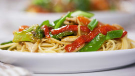 Chicken and vegetable lo mein: Takeout you can make at home
