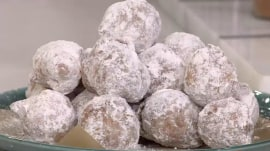 Fried beignets and grilled peaches: Make these sweet desserts at home!