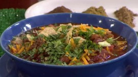 Delicious, simple!  Make grass-fed beef chili for your tailgating party